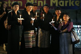 Candle vigil for Tibetan martyrs